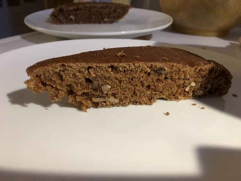 beer cake with walnut