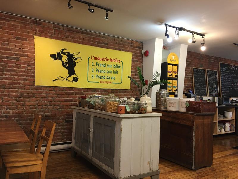 Quebec Louca organic vegan bulk store