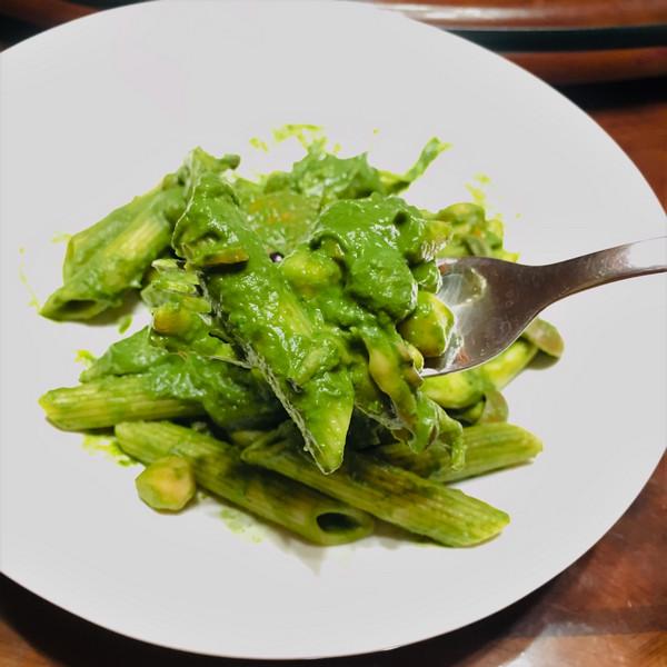地瓜葉青醬筆管麵