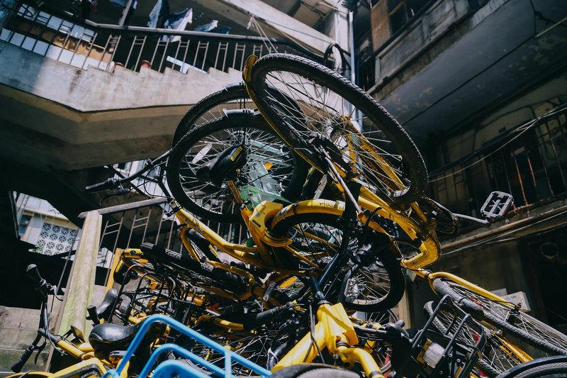 腳踏車上也有輪胎啊